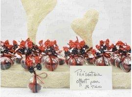 Dragées Mariage - Noeuds rouges et noires sur boule à dragées en plexi