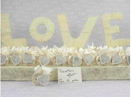 Dragées Mariage - Boite ronde a dragees mariage avec coeur blanc