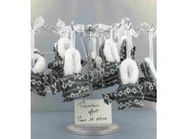 Dragées Baptême - Manteau hivernal gris et blanc et dragées