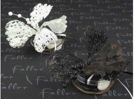 Dragées Mariage - Fleur paillettee blanche et  noir sur boite dragee mariage