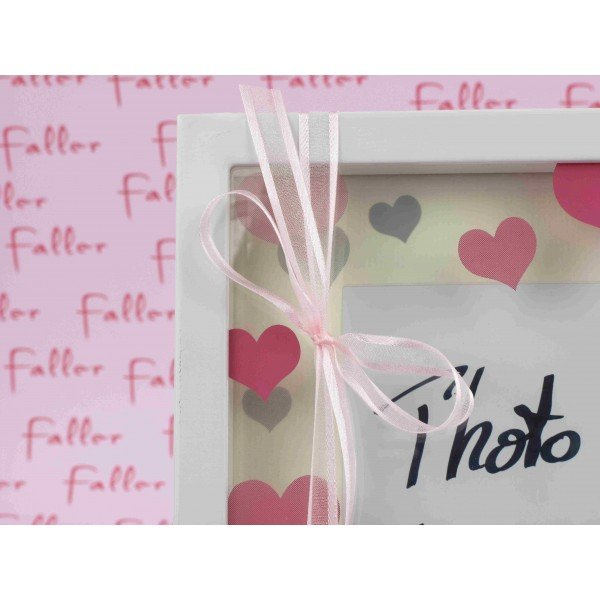 Grand cadre photo fille deco coeur rose avec dragees - Grand cadre deco ...
