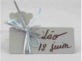 Dragées Baptême - Dragées garçon dans bonbon plexi avec plaque ours gris
