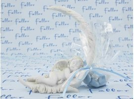 Dragées Baptême - Ange endormi sur plume avec dragées baptême garçon