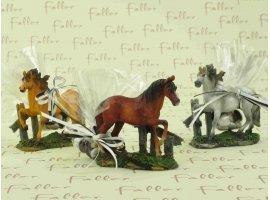 Dragées Baptême - Figurine chevaux avec dragées pour baptême
